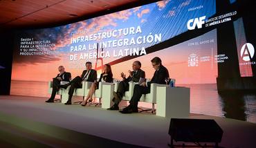 Expertos debaten en Casa de América sobre las infraestructuras en Iberoamérica