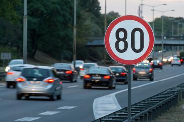 Colombia y España firman un acuerdo de colaboración en seguridad vial