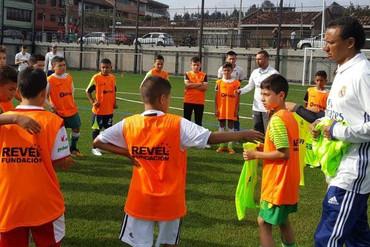 La Fundación Real Madrid muestra su metodología educativa en Colombia