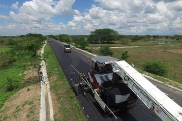 Cierre de financiación de la Autopista Puerta de Hierro en Colombia