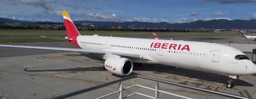 El Airbus A350 de Iberia aterriza por primera vez en Bogotá