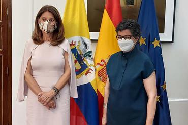 Las ministras de Exteriores de España y Colombia destacan la relación estratégica binacional