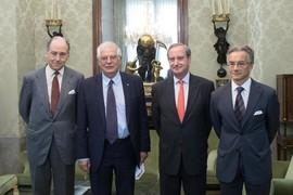 Encuentro del ministro Josep Borrell con el secretario general de la FCECo